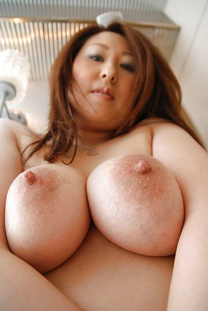 Beautiful japanese with big tits playing 8