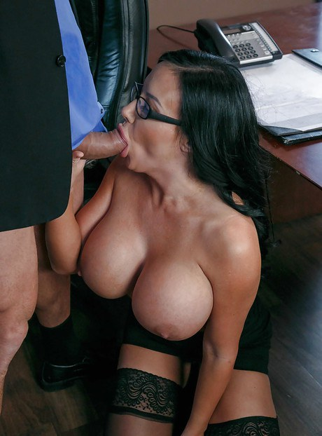 Big breast milf at hair stylist